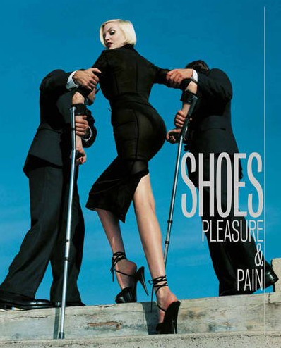 Shoes Plasure and Pain / Libro